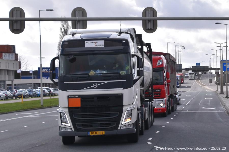 2020816-Rotterdam-Containerhafen-00030.jpg