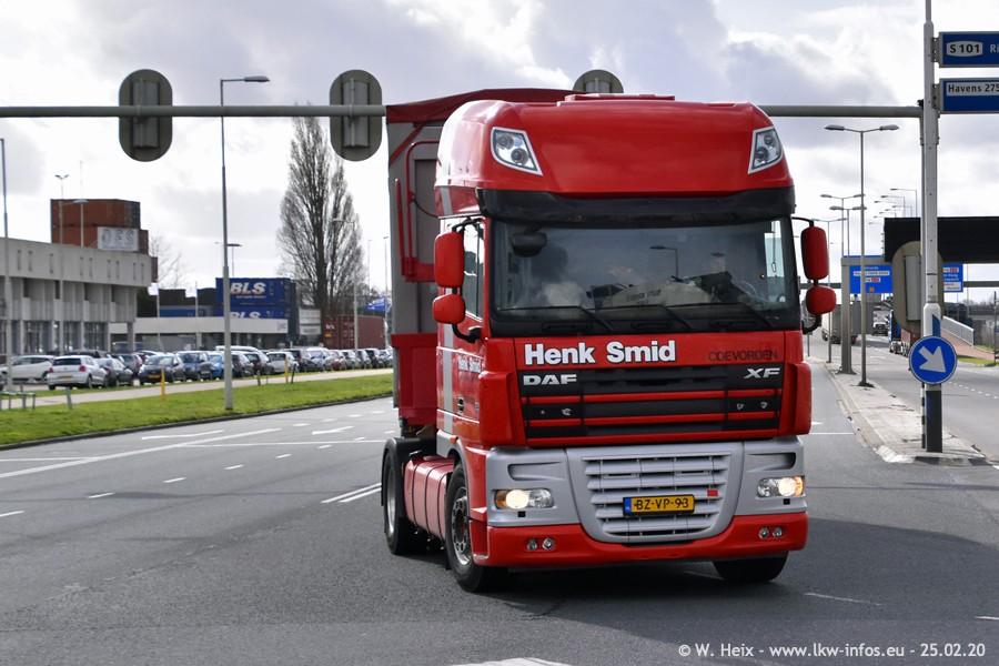 2020816-Rotterdam-Containerhafen-00032.jpg