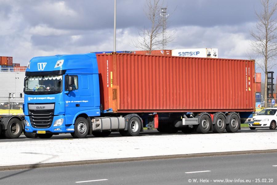 2020816-Rotterdam-Containerhafen-00043.jpg