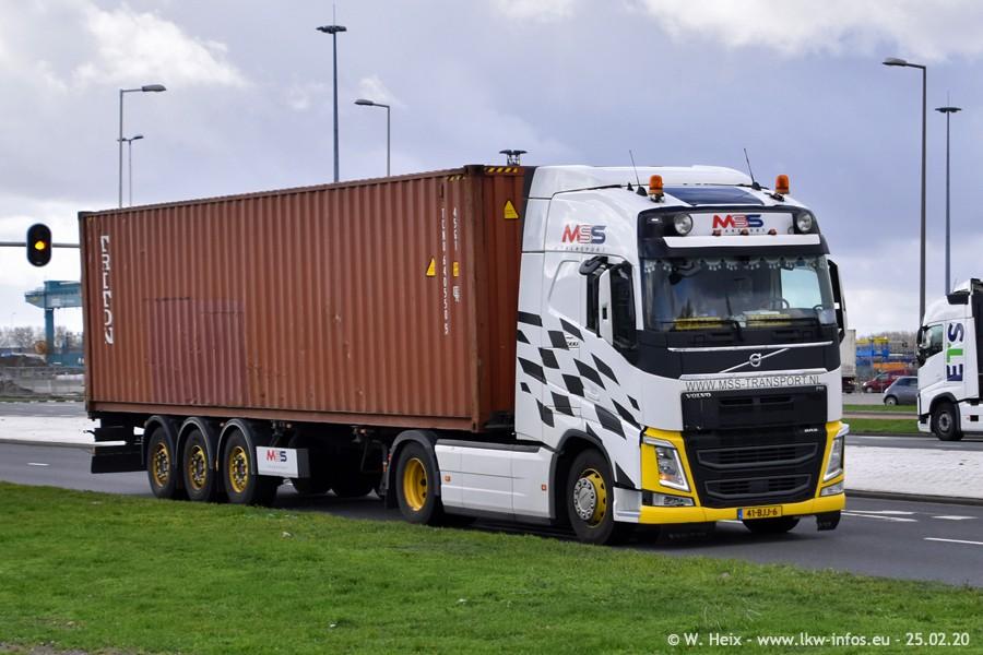 2020816-Rotterdam-Containerhafen-00051.jpg