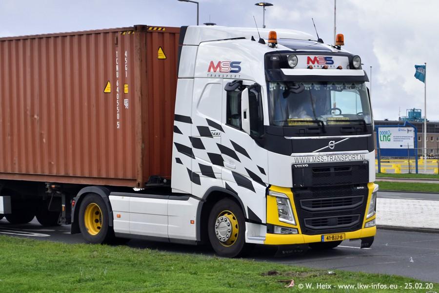 2020816-Rotterdam-Containerhafen-00052.jpg