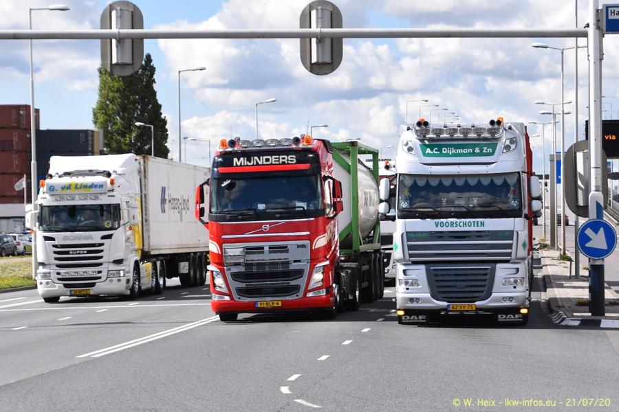 2020816-Rotterdam-Containerhafen-00066.jpg