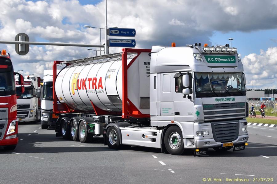 2020816-Rotterdam-Containerhafen-00067.jpg