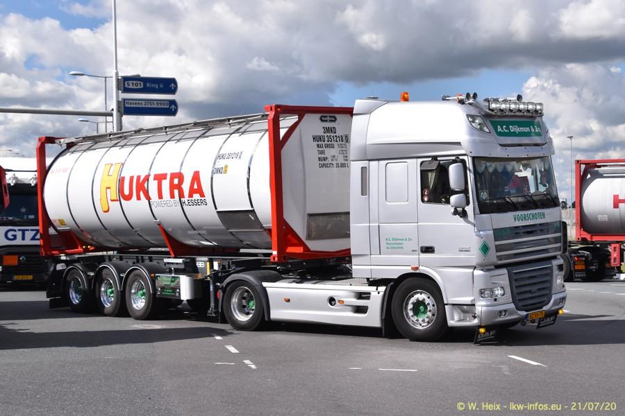 2020816-Rotterdam-Containerhafen-00068.jpg