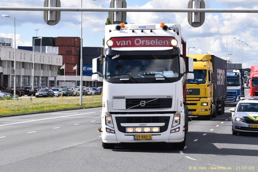 2020816-Rotterdam-Containerhafen-00069.jpg