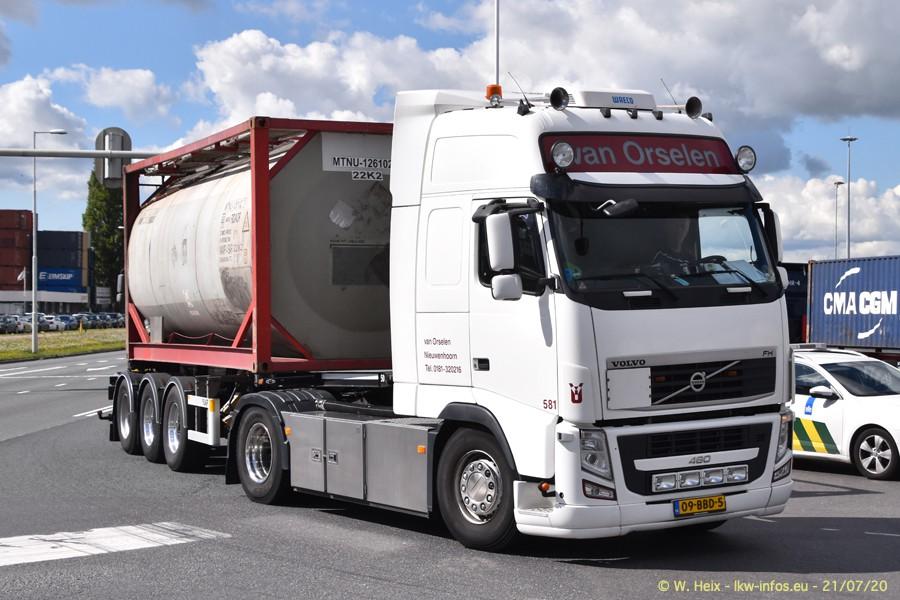 2020816-Rotterdam-Containerhafen-00070.jpg