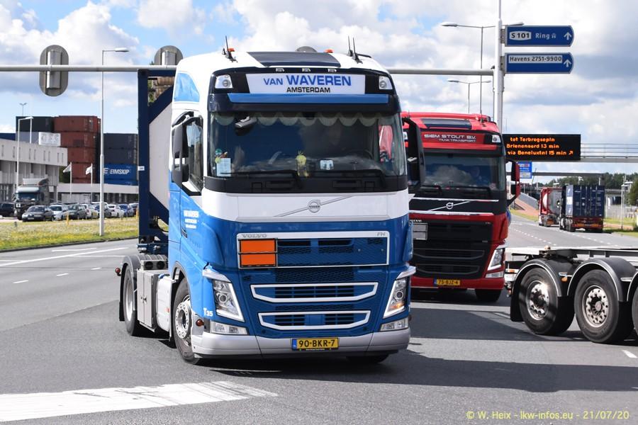 2020816-Rotterdam-Containerhafen-00071.jpg