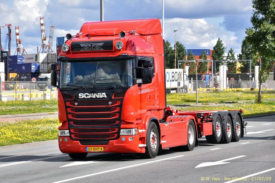 2020816-Rotterdam-Containerhafen-00085.jpg