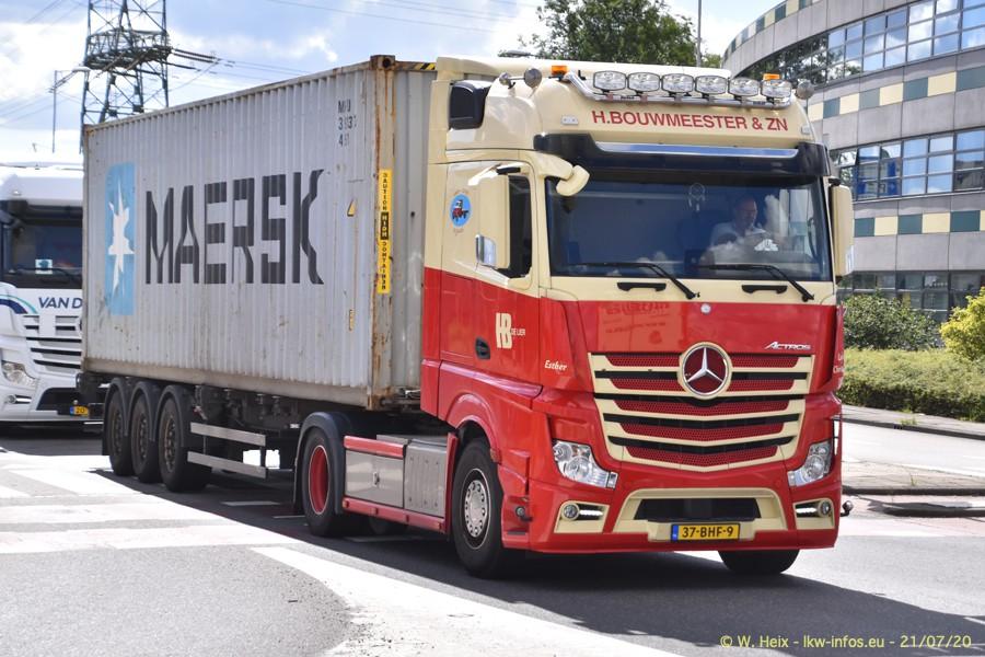 2020816-Rotterdam-Containerhafen-00086.jpg