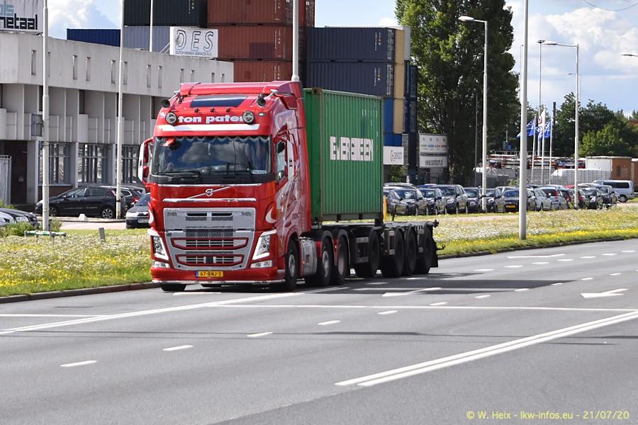 2020816-Rotterdam-Containerhafen-00087.jpg