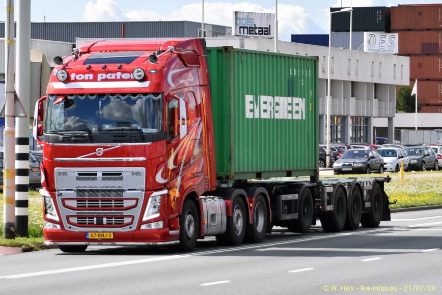 2020816-Rotterdam-Containerhafen-00088.jpg