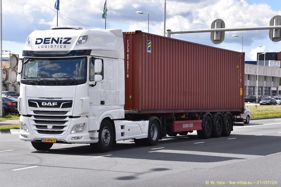 2020816-Rotterdam-Containerhafen-00090.jpg
