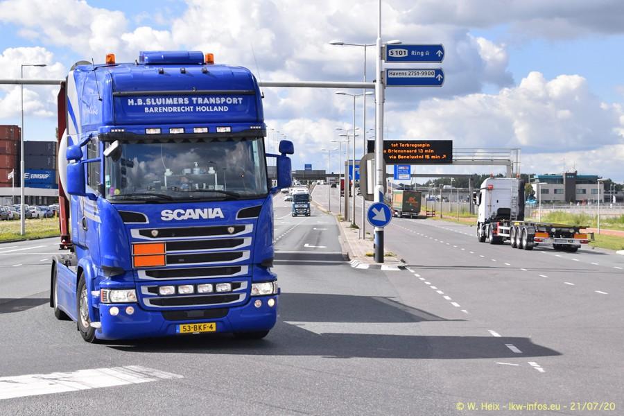 2020816-Rotterdam-Containerhafen-00097.jpg