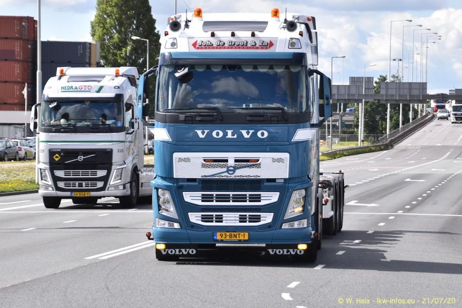 2020816-Rotterdam-Containerhafen-00100.jpg