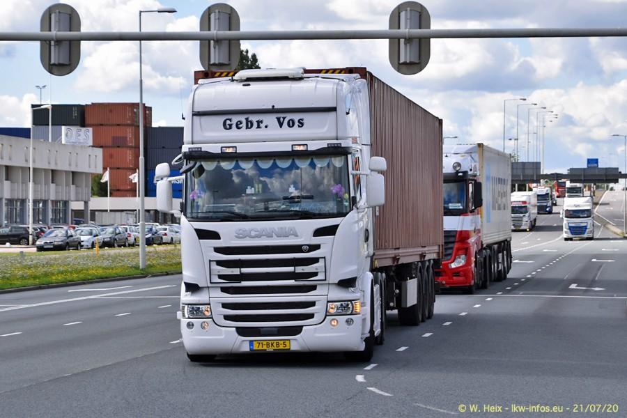 2020816-Rotterdam-Containerhafen-00107.jpg
