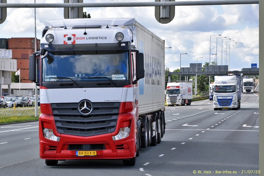 2020816-Rotterdam-Containerhafen-00109.jpg