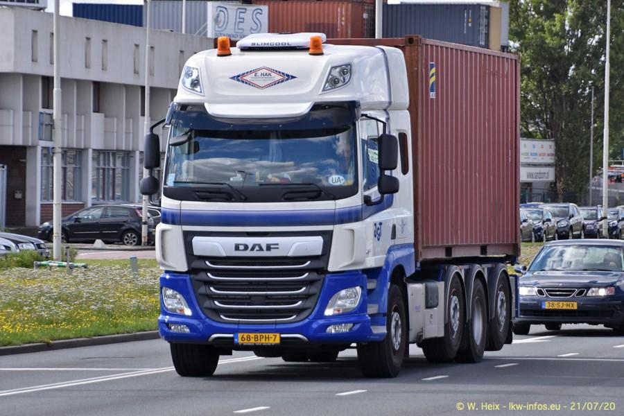 2020816-Rotterdam-Containerhafen-00111.jpg