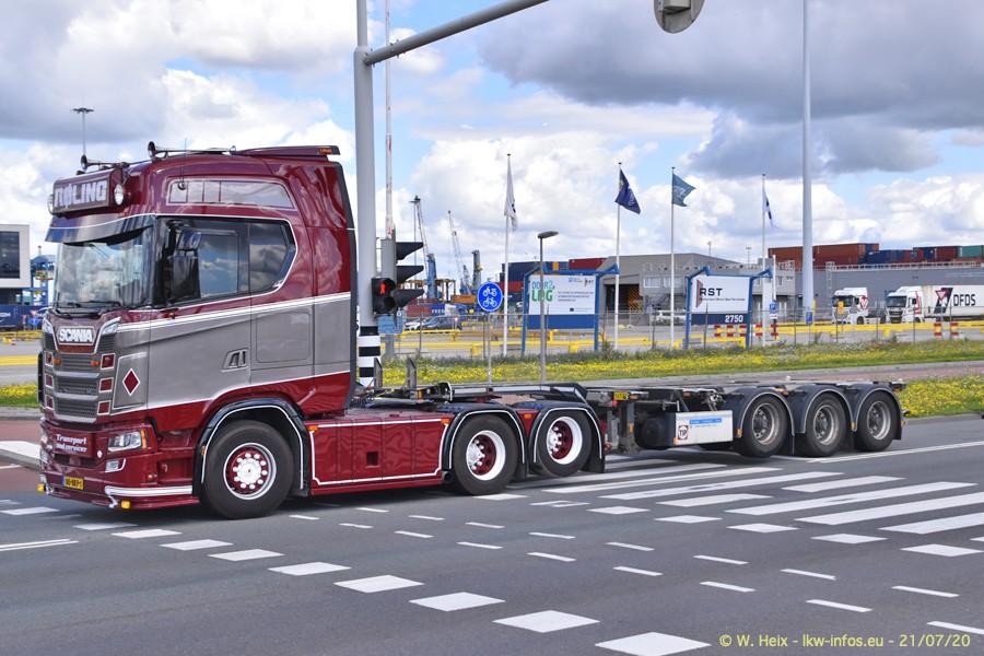 2020816-Rotterdam-Containerhafen-00112.jpg