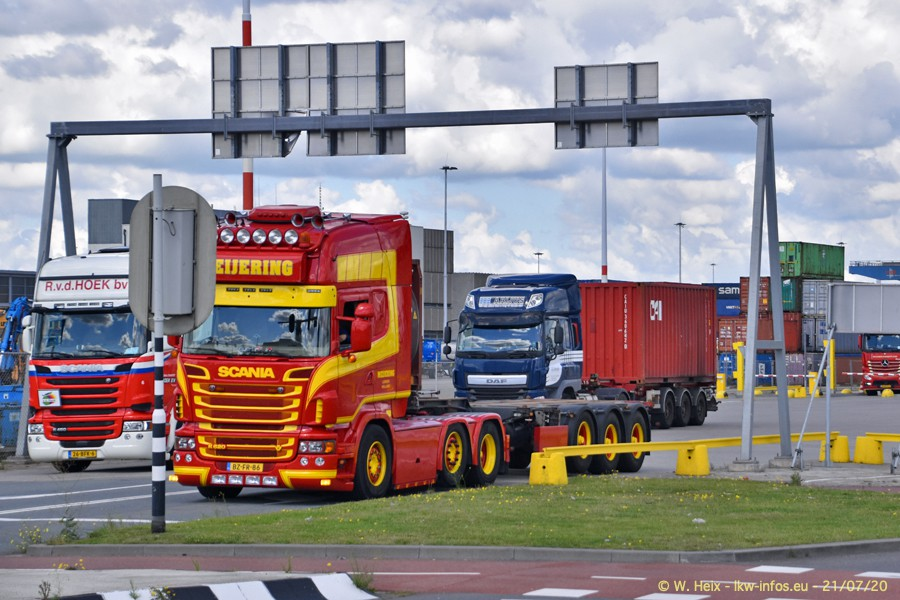 2020816-Rotterdam-Containerhafen-00114.jpg