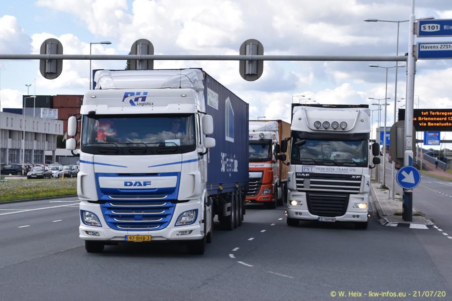 2020816-Rotterdam-Containerhafen-00115.jpg
