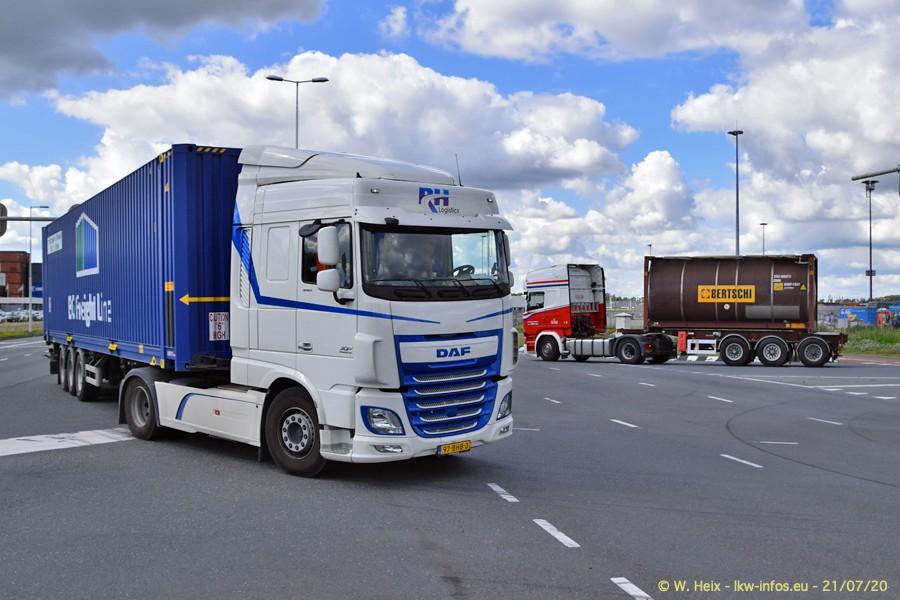 2020816-Rotterdam-Containerhafen-00116.jpg