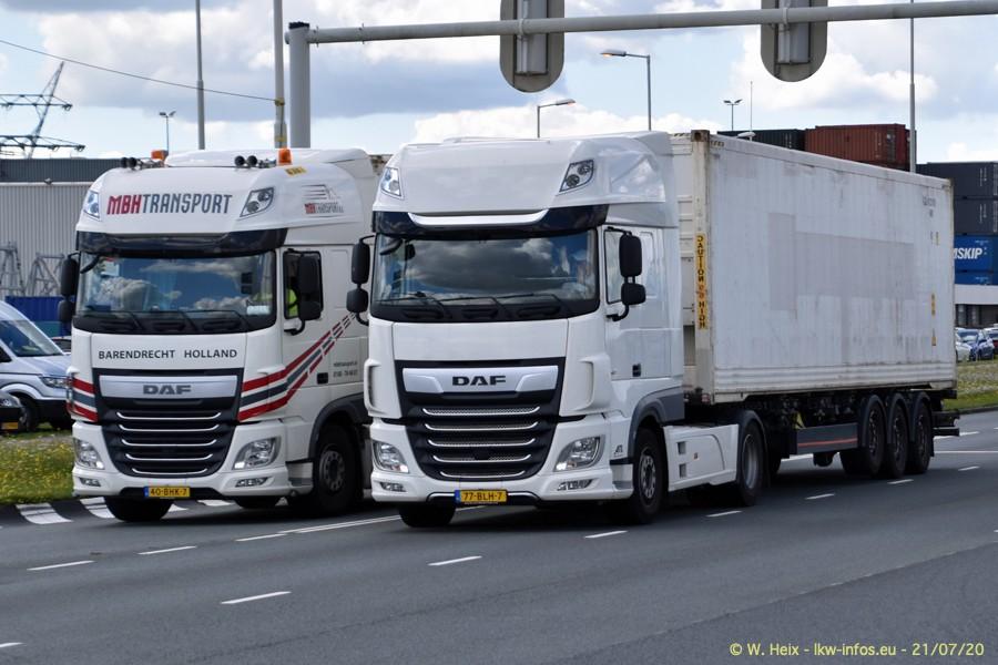 2020816-Rotterdam-Containerhafen-00123.jpg