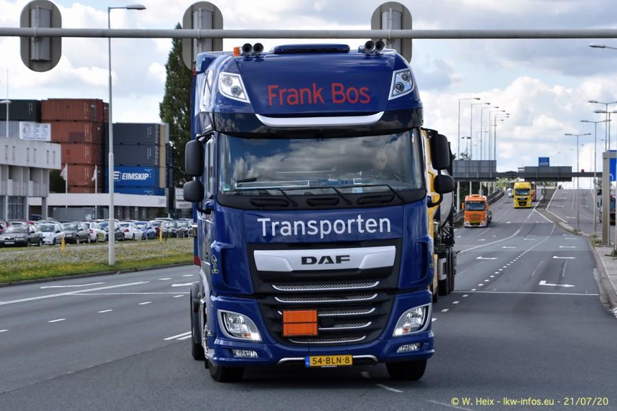 2020816-Rotterdam-Containerhafen-00128.jpg