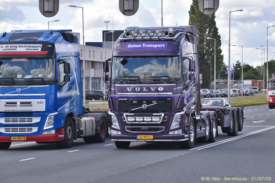 2020816-Rotterdam-Containerhafen-00147.jpg