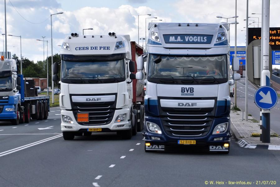 2020816-Rotterdam-Containerhafen-00148.jpg