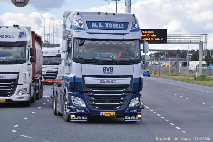2020816-Rotterdam-Containerhafen-00149.jpg
