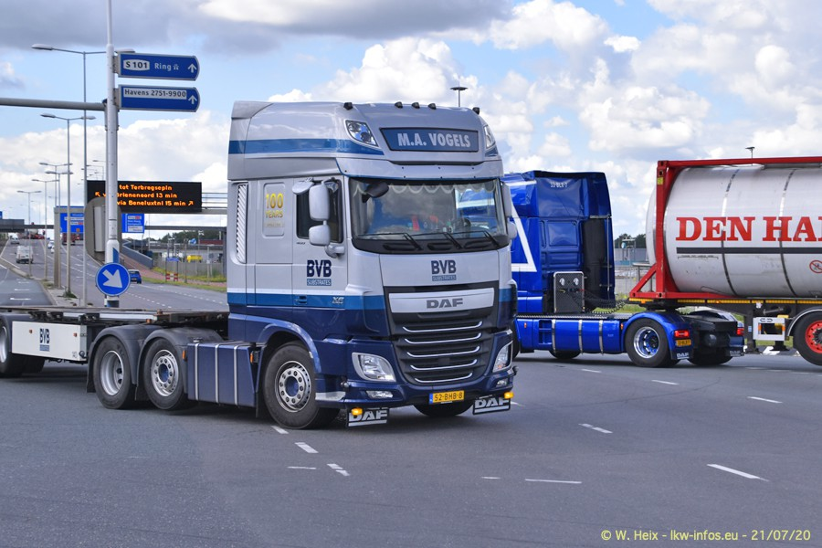 2020816-Rotterdam-Containerhafen-00150.jpg