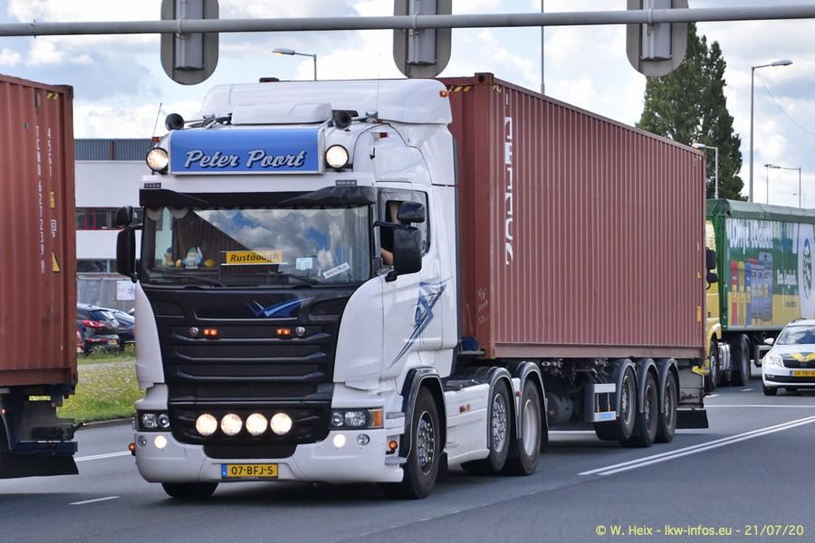 2020816-Rotterdam-Containerhafen-00154.jpg