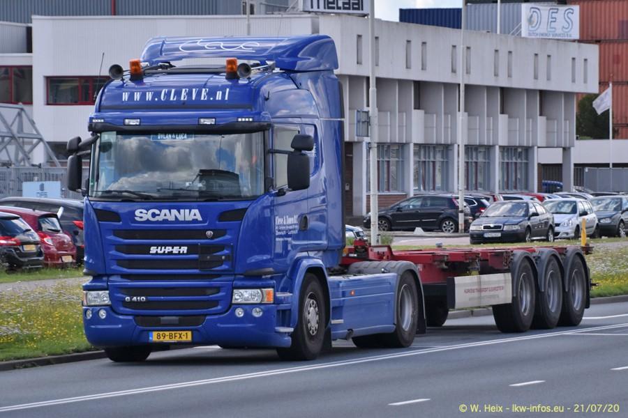 2020816-Rotterdam-Containerhafen-00160.jpg