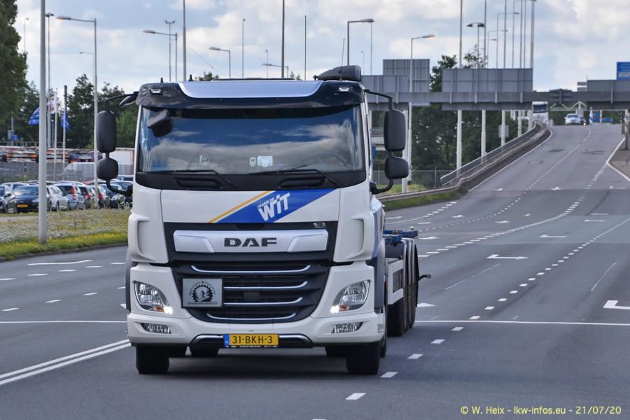 2020816-Rotterdam-Containerhafen-00167.jpg