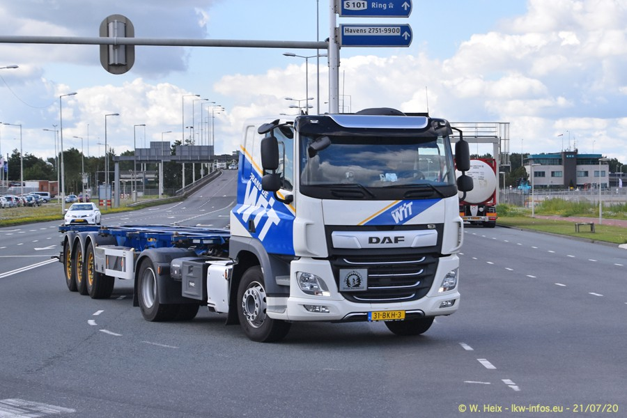 2020816-Rotterdam-Containerhafen-00168.jpg