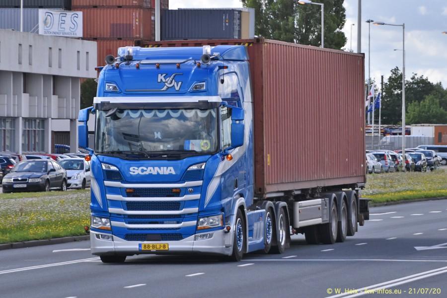 2020816-Rotterdam-Containerhafen-00171.jpg