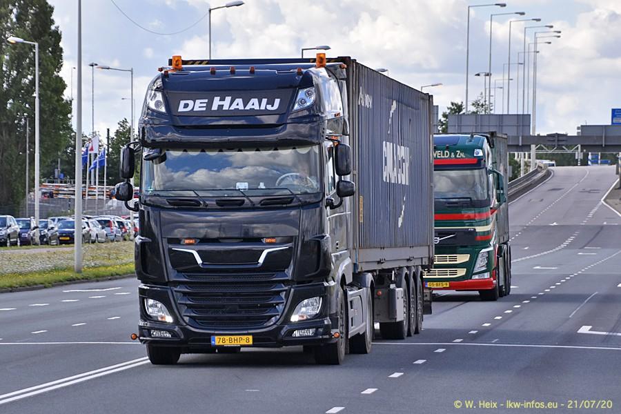 2020816-Rotterdam-Containerhafen-00174.jpg