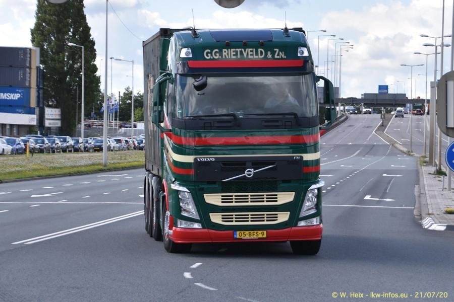 2020816-Rotterdam-Containerhafen-00177.jpg