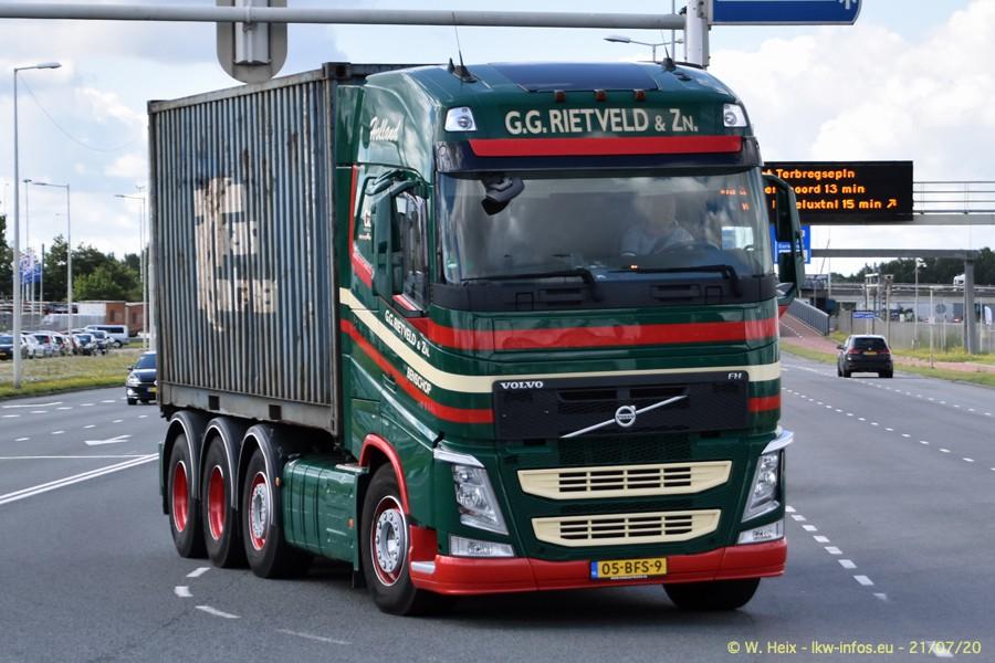 2020816-Rotterdam-Containerhafen-00178.jpg