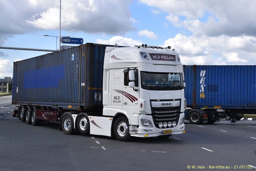 2020816-Rotterdam-Containerhafen-00181.jpg
