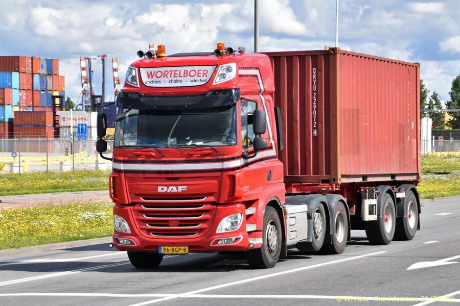 2020816-Rotterdam-Containerhafen-00221.jpg