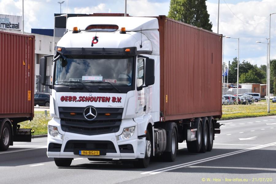 2020816-Rotterdam-Containerhafen-00237.jpg
