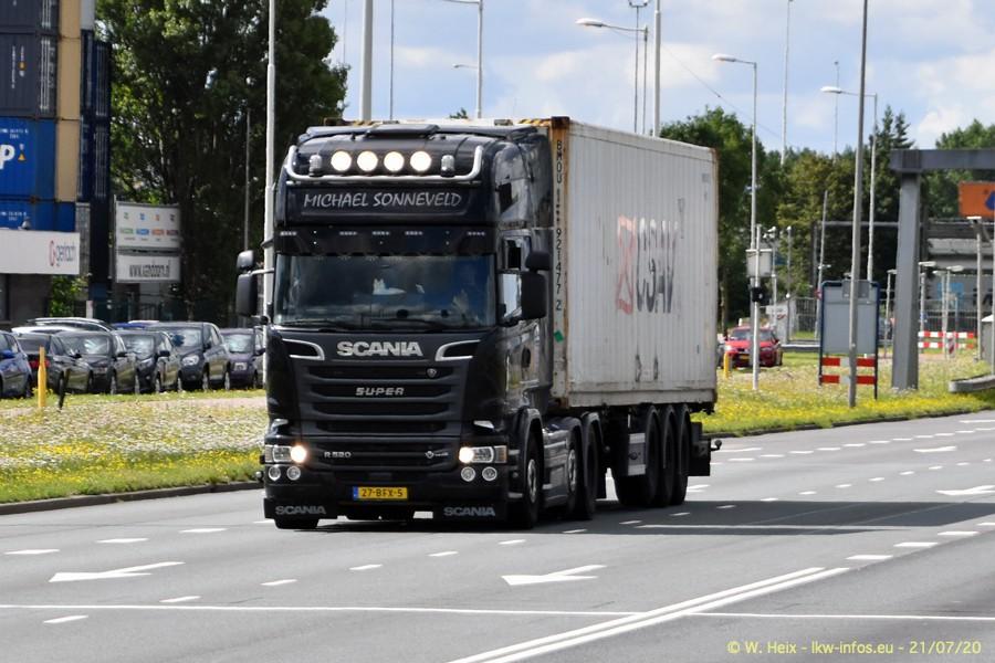 2020816-Rotterdam-Containerhafen-00248.jpg