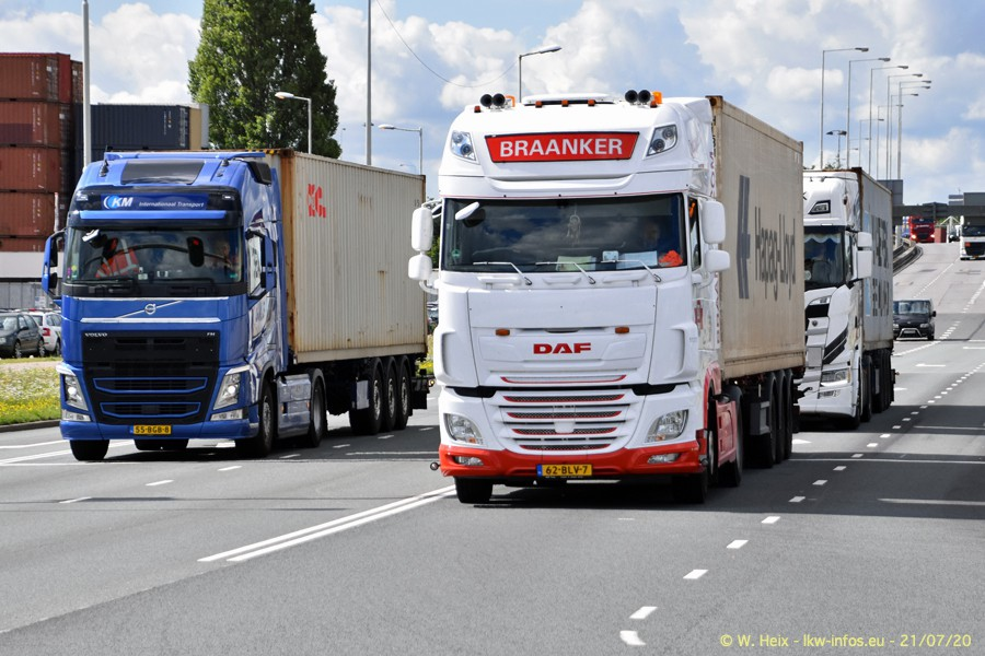 2020816-Rotterdam-Containerhafen-00250.jpg