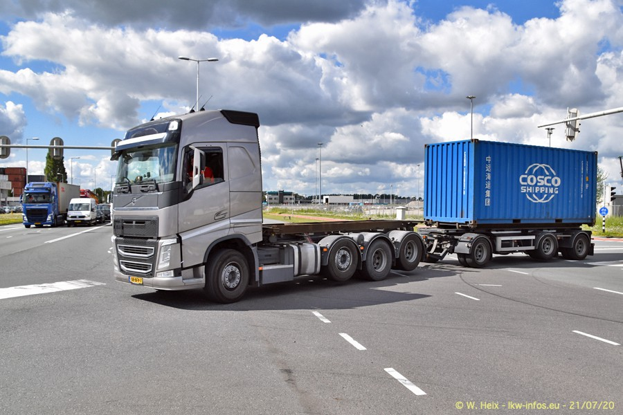 2020816-Rotterdam-Containerhafen-00253.jpg
