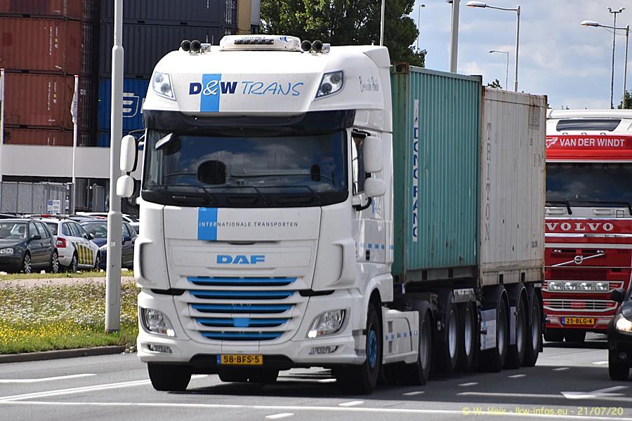 2020816-Rotterdam-Containerhafen-00270.jpg