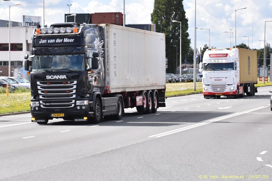 2020816-Rotterdam-Containerhafen-00274.jpg