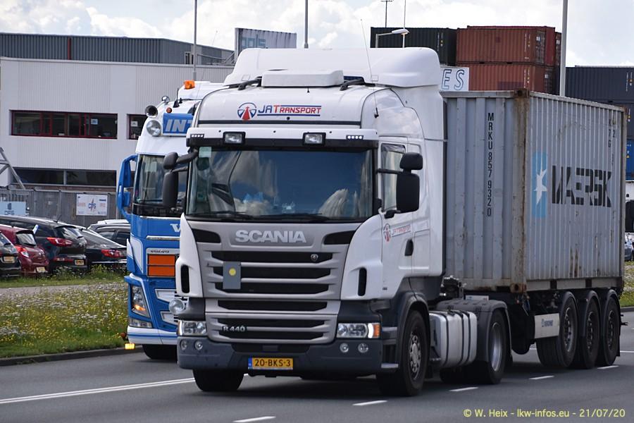 2020816-Rotterdam-Containerhafen-00292.jpg