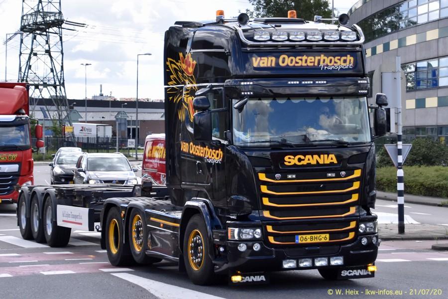 2020816-Rotterdam-Containerhafen-00295.jpg