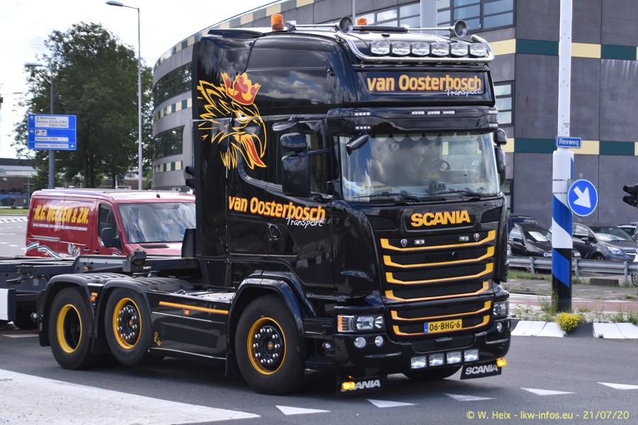 2020816-Rotterdam-Containerhafen-00296.jpg